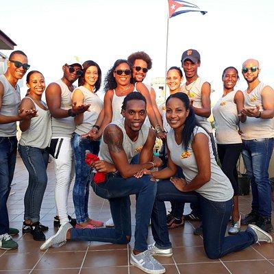 Team, teachers of Cuban dance tradition Academy, salsa en casa school