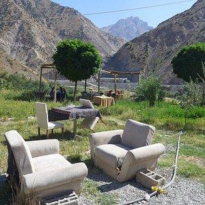 Allegorical furnished cinematic landscape 2km before Hakkari