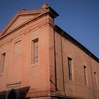 Oratorio dell'Annunziata, a pochi m da Schifanoia e S.M. in Vado