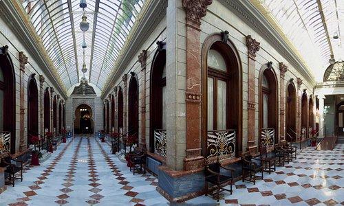 Panorama main corridor