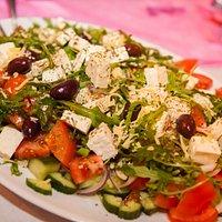 """Griekse salade """"Choriatiki'"""