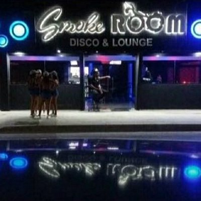Smoke room disco & Lounge
