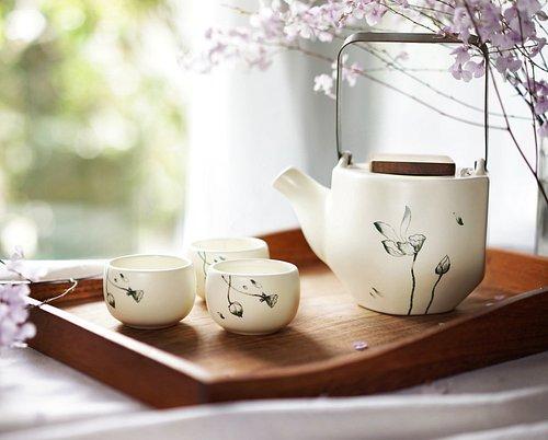 Our new lotus blossom tea set on White Stone glaze.