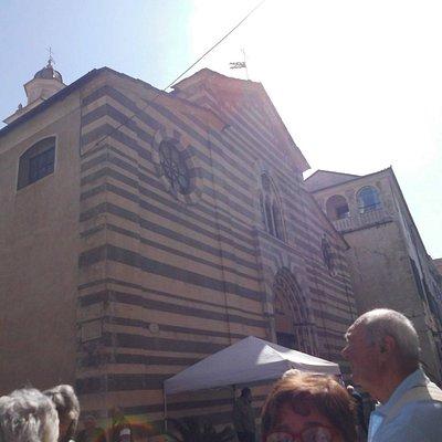 L'origine della Cattedrale risale all'anno 1000, l'ultimo rimaneggiamento fu nel 1900