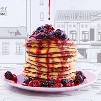 pancakes with homemade fruit topping