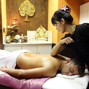 Thai Massage with Authentic Thai Therapists