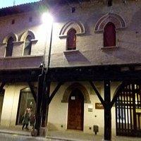 Casa Pannini con le belle colonne originali
