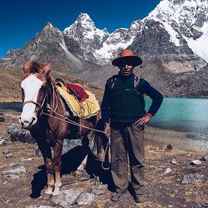 Portrait of a horse trainer, 7 lagoons trek