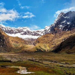 Foto del Valle Contemplando al Volcán El Altar