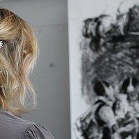 Rencontre avec les artistes dans l'espace studio, Christine Blachère et Nelson Makamo.