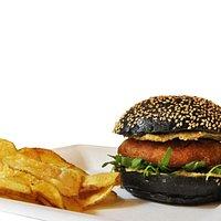 """Signori e signore..............""""IL SAPORITO"""" burger di baccala con crema di ceci al tartufo"""