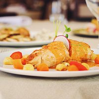 Frango recheado / Stuffed chicken breast