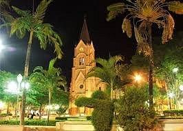 Igreja Matriz vista noturna
