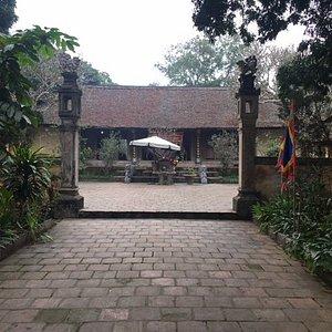 Temple dedicated to Ngo Quyen