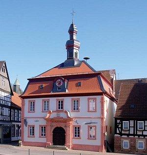 Im alten Stadthaus befinden sich heute das Museum und die Tourist-Information Otterbach-Otterber