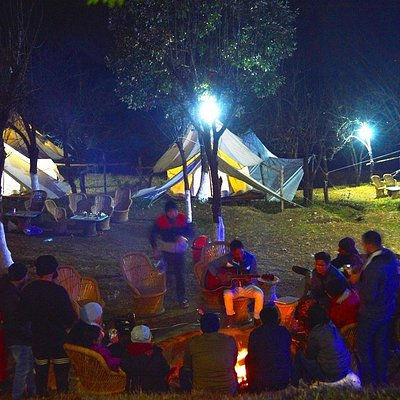 experience best at Camp Oak view Bir