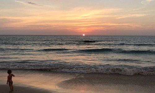 Фото пляжа Сурин 02.02.2018. Очень рекомендую пляж Сурин - чистейшее море, немного народа. Пляж