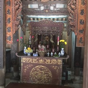 Altar in Temple of Phung Hung