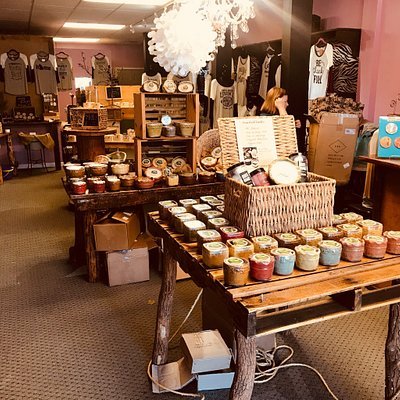 All natural soybean wax candles, handmade soaps, body butters, bath bombs, and more!