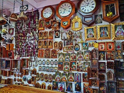 Our amazing colection of peruvian folk art, which includes religeus paints, retablos, tupus, etc