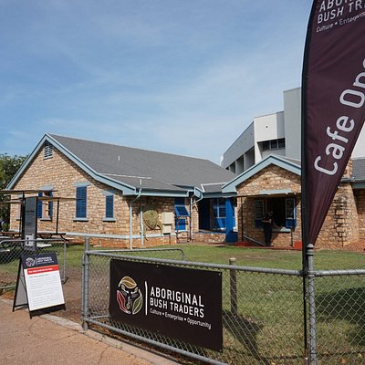 Aboriginal Bush traders; 100% not for profit Gallery and Café situated in historical Lyons Cotta