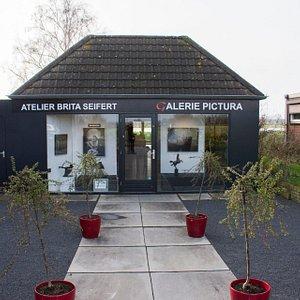 Vooraanzicht van Galerie Pictura
