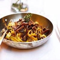 Osteria Romana, roman restaurant located in Knightsbridge