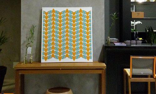 Painel Triângulos, arte de Jea Voss.