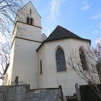 Kirchturm ohne Uhr