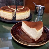 Homemade Cheesecake 自家製チーズケーキ 450yen