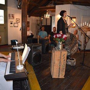 Fra en konsert som ble holdt på loftet i Verftsporten i forbindelse med 5-års jubileet i 2016.
