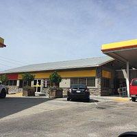 T&T Shell Deli at 6001 Palmer Blvd, Sarasota FL