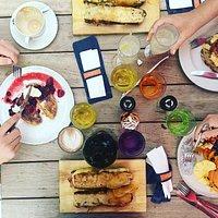 Breakfast at île de païn