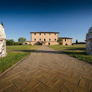 Entrata dell'azienda - The entrance of the estate