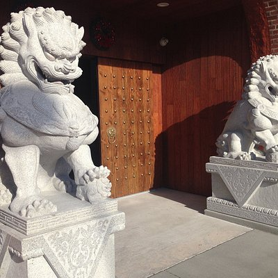 Large Foo Lions Guarding Entrance