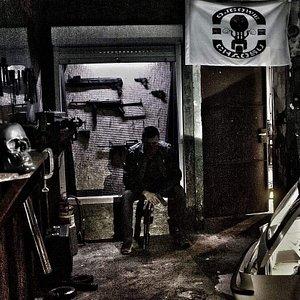 Gang War Room