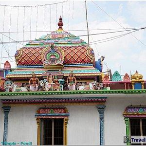Sri Vedapureeswarar Temple by Traveller G