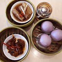 Steamed Chicken Feed with Black Bean sauce, Steamed Tao Bun andChicken Spring Roll with Oyster s