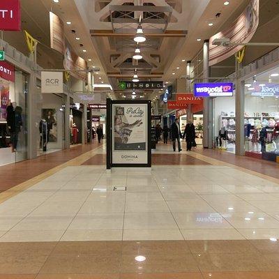 Domina shopping mall