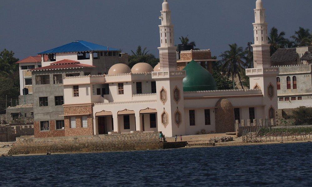 Lamu town sett fra sjøen