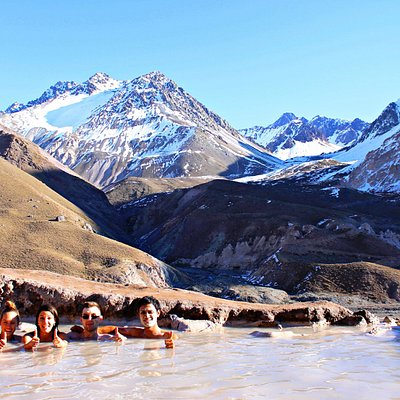 Colina Hotsprings among the most wonderful views from the Andes