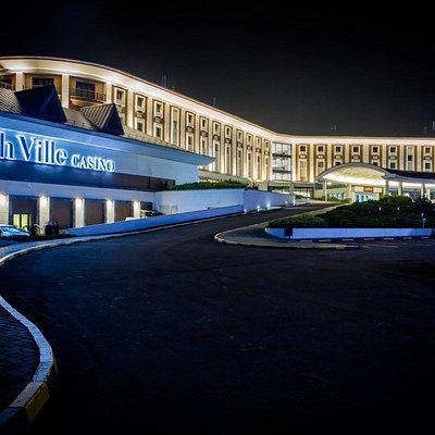 Фасад казино Cash Ville