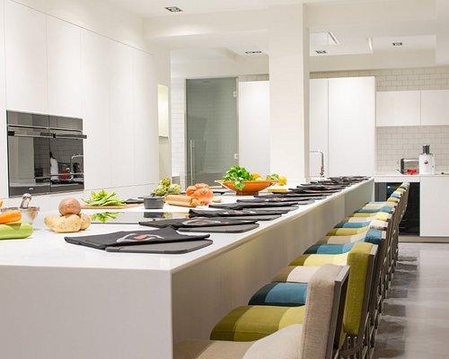 Disfruta de cursos de cocina en el centro de Madrid ¡experiencias gastronómicas para los 5 senti
