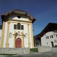 Extérieur de l'Eglise Saint-Nicolas