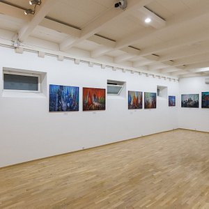 Sebastian Art Gallery - main exhibition room - paintings by Miso Baricevic - Dubrovnik