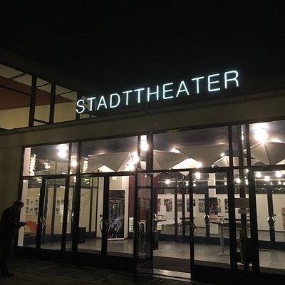 Abendveranstaltung im Stadttheater