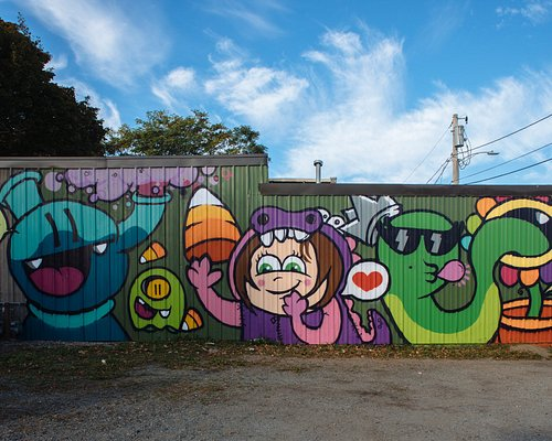Golden's mural on the Witch Dr.
