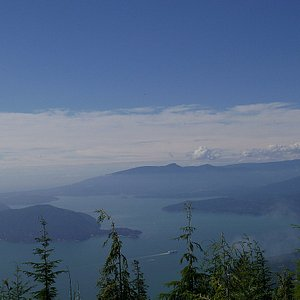 Bowen Lookout, in the summer. Only 30 minutes away from downtown Vancouver!