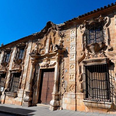 Cilla del Cabildo Colegial _ S. XVIII.