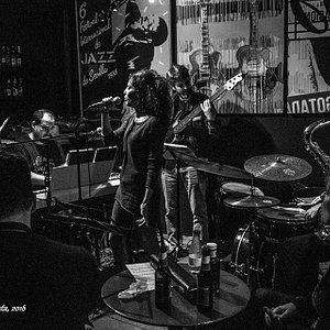 Febrero 2018 en Jazz Naima Sevilla con The Jam - Tonic